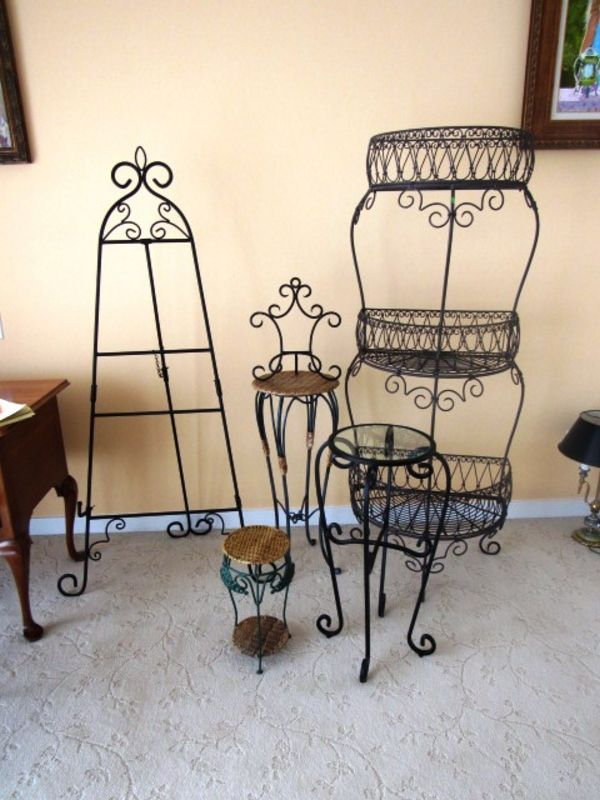 wrought iron table top easel 3