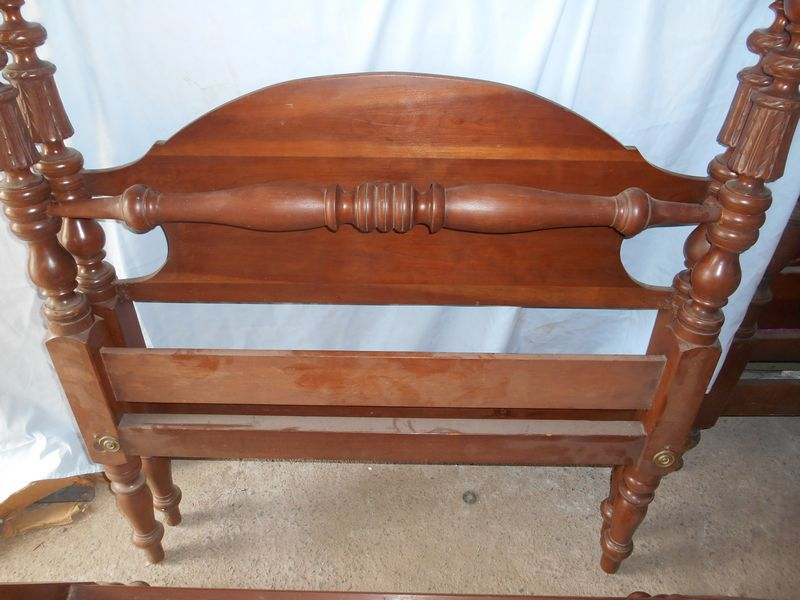 Solid Maple Bed Frame Full Size Ethan Allen Spindle Bed