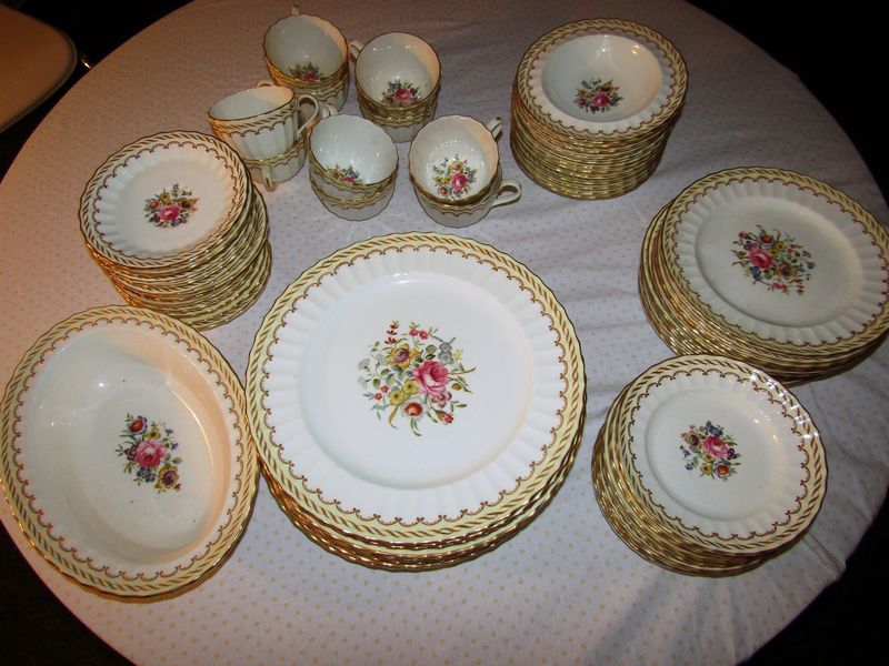 Item # 5 -- Royal Worcester English bone china Kempsey pattern service for 12 (missing 2 teacups) includes 12 dinner plates each 10.5\ W 12 8\ W salad ... & Absolute Auctions \u0026 Realty