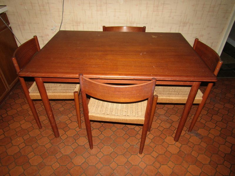 Item # 41 -- Vintage Danish Modern dining room table with 4 chairs labeled  Danish Control Furniture Makers. Table stands 28