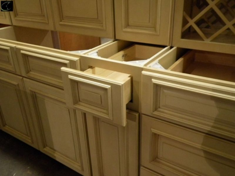 Ghi tuscany cabinets home fatare for Auctions kitchen cabinets