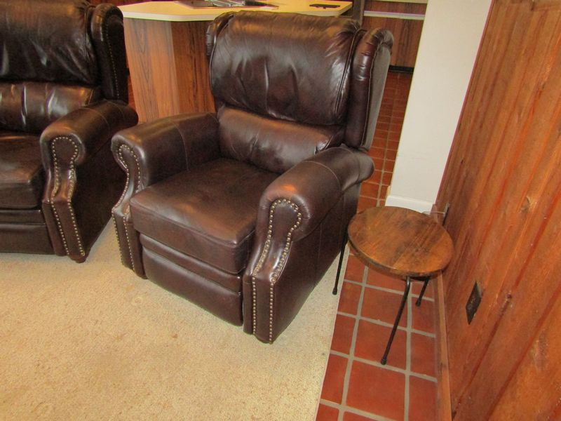 Woodworth Wooden Industries Recliner Roussillon
