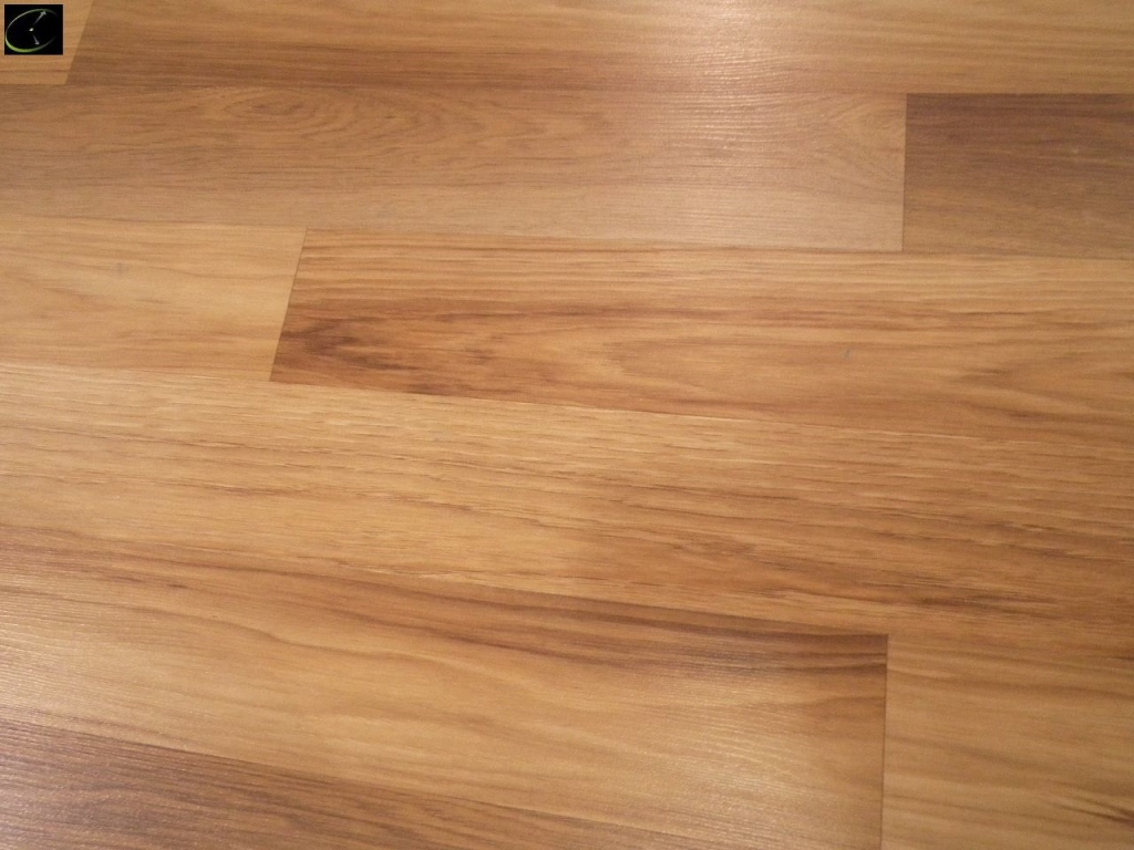Item 73 Floss River Hickory Laminate Flooring 10mm X 7 87 By Bradford Hills 35 Year Warranty Ac3 A Grade Sold Square Foot