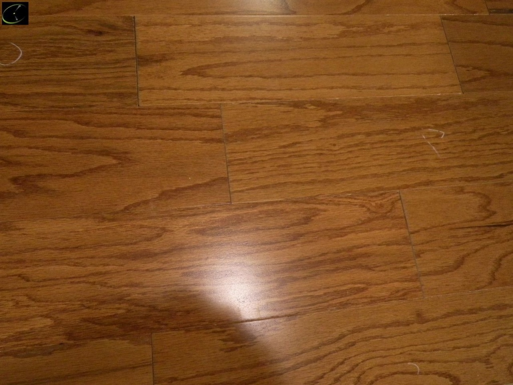 Item 148 Oak Honey Engineered Hardwood Flooring 3 8 X5 Made By Unilin 5 Ply Prefinished 16 Boxes Cabin Grade Sold Square Foot