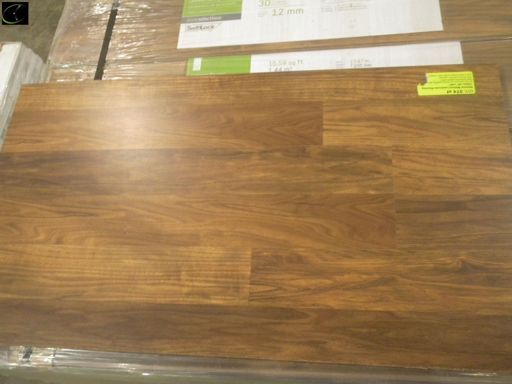 Item 21 Natural Walnut Laminate Flooring 12mmx8 X48 By Style Selection Ac3 Rating Swiftlock 24 Bo A Grade Sold Square Foot
